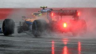 Lando Norris, durante la clasificación del sábado en mojado, del GP...