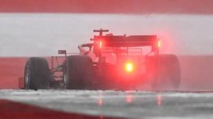 Los pilotos de Ferrari tuvieron un golpe en la carrera.