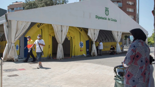 La Generalitat de Cataluña ordena el confinamiento domiciliario de...