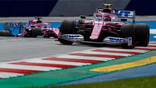 Stroll y Pérez, durante el Gran Premio de Estiria.