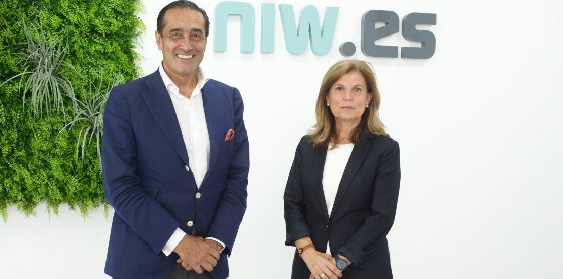 Ignacio de Benito, presidente de NIW, y Marta Blázquez, vicepresidenta de Faconuato.