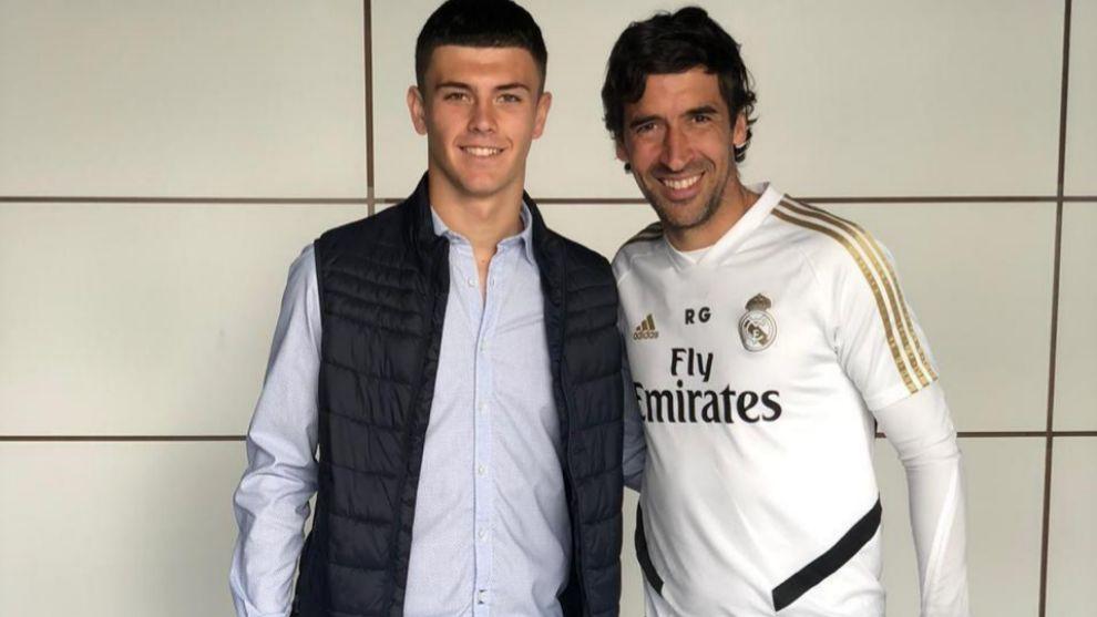 Real Madrid sign Juanma Hernandez from Malaga