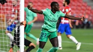 Mendy celebra el gol marcado al Granada.