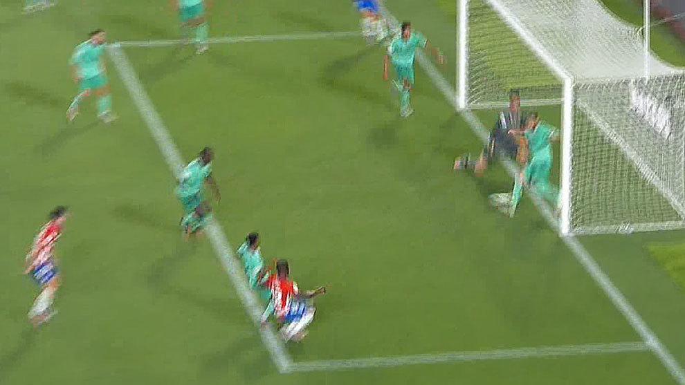 Courtois y Ramos salvan el empate