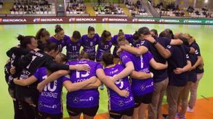 Las jugadoras del Liberbank Gijón antes de un partido /