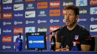 Simeone, durante una rueda de prensa.