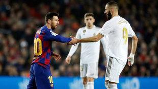 Messi y Benzema, durante el partido de ida.
