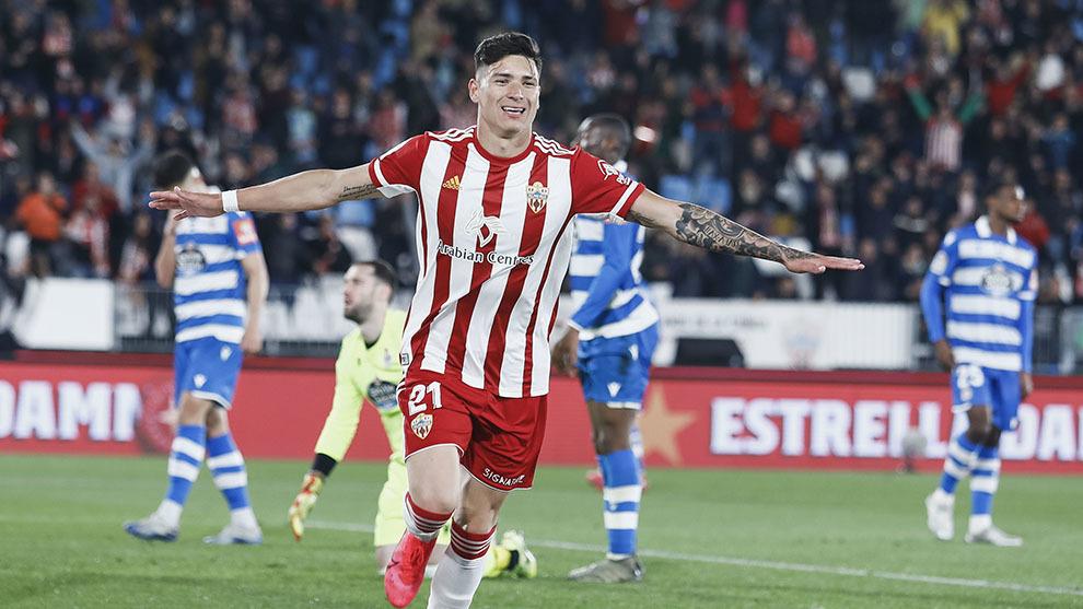 Darwin Nuñez celebra su gol ante el Deportivo