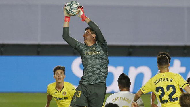Courtois: I've had messages from Catalonia telling me to shut up