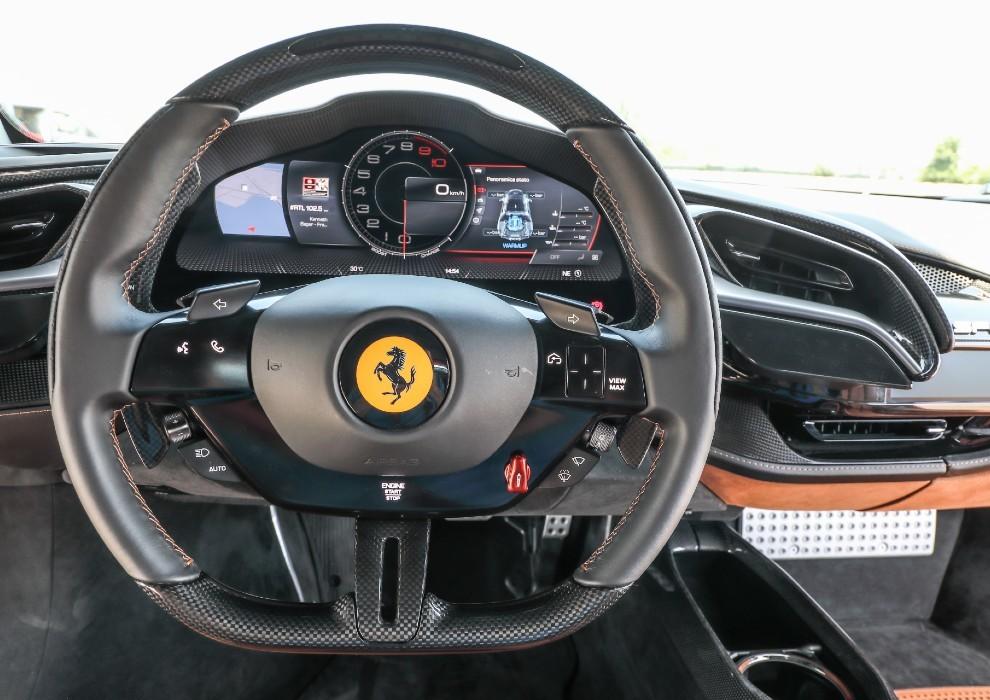 Prueba Ferrari SF90 Stradale.