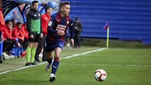 Pablo de Blasis abandonará el Eibar este verano tras dos temporadas...
