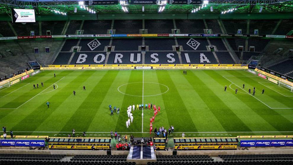 Panorámica del Borussia Park antes del Gladbach-Colonia.