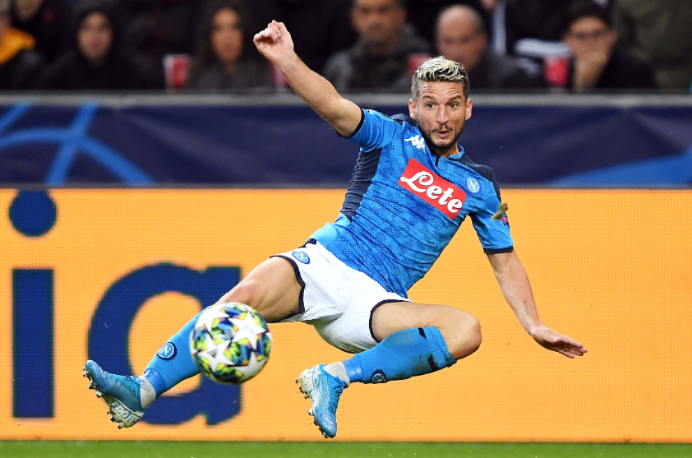 Serie A Dries Mertens Goes Off Injured 20 Days Before Barcelona Clash Marca In English