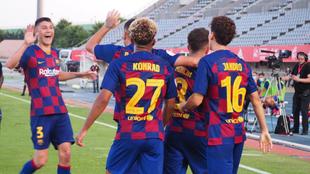 El Barcelona B celebra el gol de Monchu (2-1) frente al Valladolid...