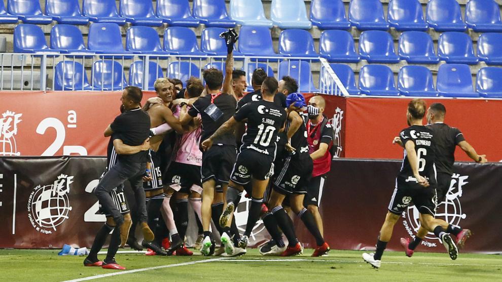 El Cartagena consigue el ascenso a Segunda tras ganar al Baleares en penaltis