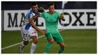 Óscar presiona a Lucas Vázquez durante el reciente Leganés-Real...