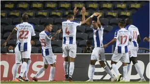 Luis Díaz celebra el primer gol del Oporto.