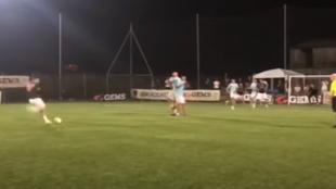Totti conquista un torneo de fútbol 8... y anota de falta directa el gol de la victoria