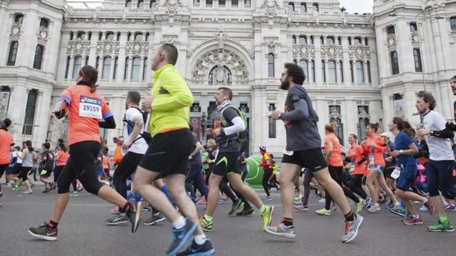 Una imagen de una edición del medio maratón de Madrid.
