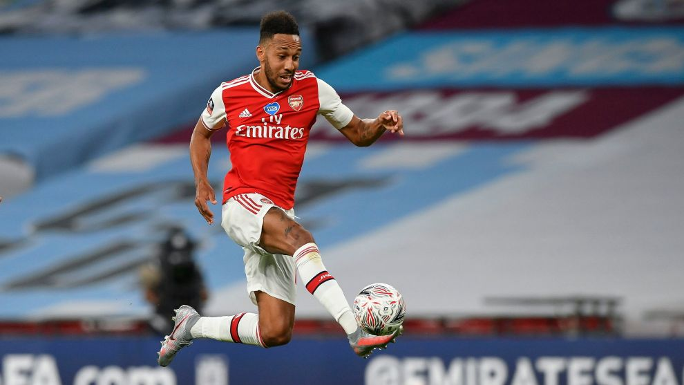 London (United Kingdom), 18/07/2020.- Pierre-Emerick lt;HIT gt;Aubameyang lt;/HIT gt; of Arsenal in action during the English FA Cup semi final match between Manchester City and Arsenal London at the Wembley Stadium in London, Britain, 18 July 2020. (Reino Unido, Londres) EFE/EPA/Justin Tallis/NMC/Pool EDITORIAL USE ONLY. No use with unauthorized audio, video, data, fixture lists, club/league logos or live services. Online in-match use limited to 120 images, no video emulation. No use in betting, games or single club/league/player publications