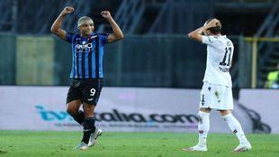 Luis Muriel celebrando un gol ante el Bolonia.