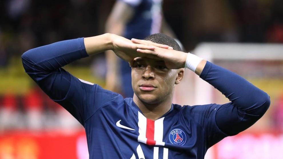 Mbappé, durante un partido