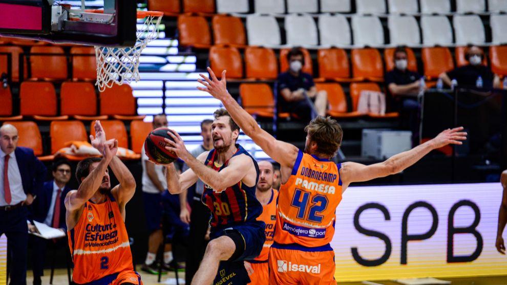 Zoran Dragic, en la semifinal de la Fase Final ACB ante Valencia...