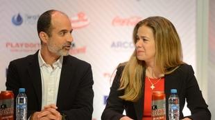 Guillermo Cantú y Alejandra de la Vega, propietaria de los Bravos.