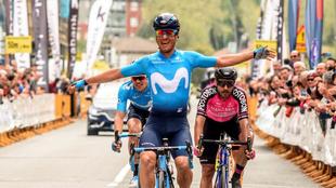 Carlos Betancur entrando victorioso en la meta de la Clásica de...