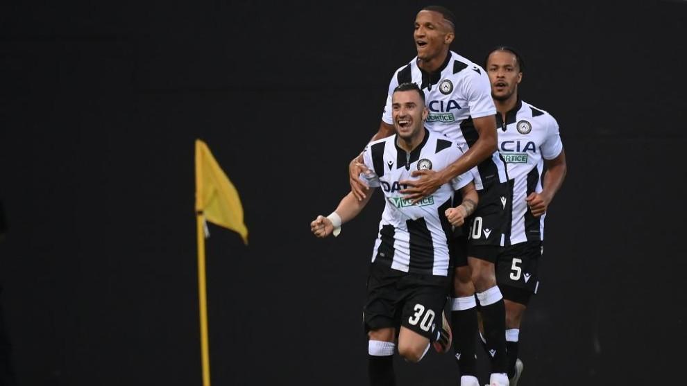 Ilija Nestorovski celebra el gol del empate ante la Juventus.