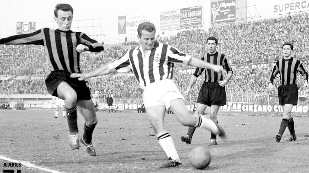 Giampiero Boniperti durante un partido de fútbol
