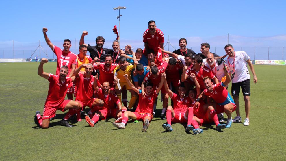 El Tamaraceite asciende a Segunda B tras ganar al San Fernando