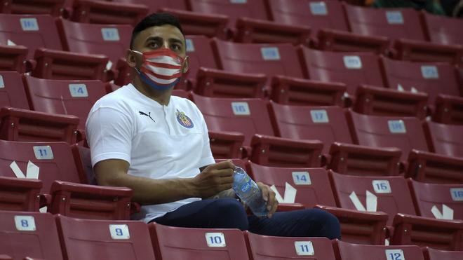 Alexis Vega dio positivo a coronavirus, el cuarto jugador de Chivas.