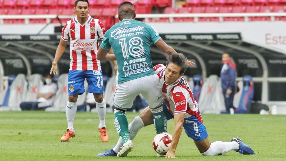 Chivas y León no se hacen daño en el debut del torneo