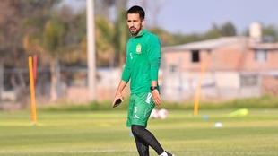 Fernando Navarro es positivo por Covid-19.