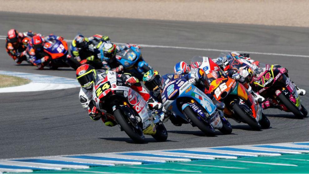 Suzuki lidera en Jerez.