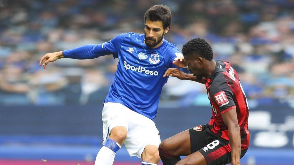 Umtiti the latest Barcelona player to attract Everton interest