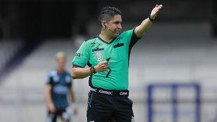 El VAR corrigió a Oscar Mejía García.