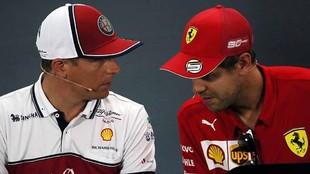 Kimi Raikkonen y Sebastian Vettel.