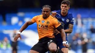 Adama Traoré en el partido ante el Chelsea