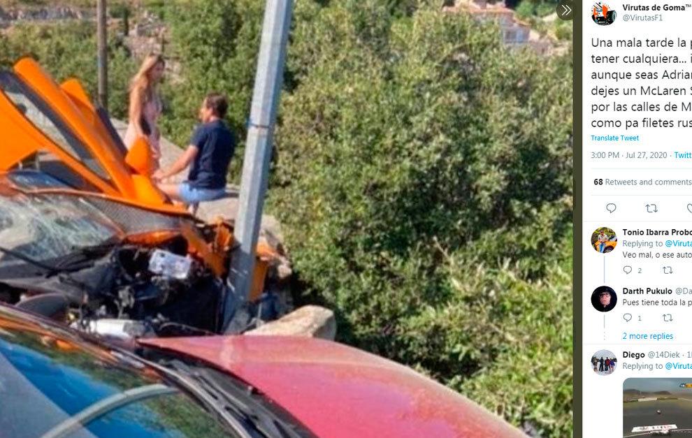 El ex piloto, sentado tranquilamente en el lugar del accidente.