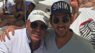 Dani Parejo junto a Labi Champions en Ibiza.