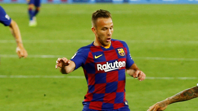 Arthur rebels and tells Barcelona he will no longer play for the club