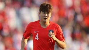 Kim Min-jae con la selección de Corea del Sur.