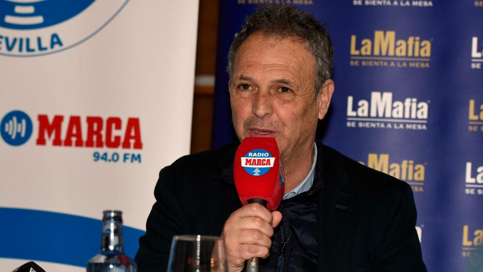 """Caparrós: """"Desde FIFA nos quieren implantar otro fútbol donde se habla más de VAR que de los jugadores"""""""