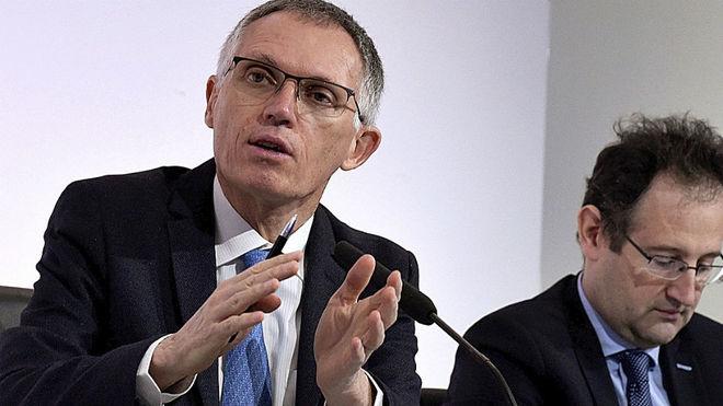 Carlos Tavares, CEO de PSA, y Philippe de Rovira, responsable de...