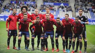 Un once de Osasuna de la temporada 2017-18 cuando el club vestía...