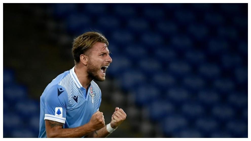 Immobile celebra con rabia su gol al Brescia.