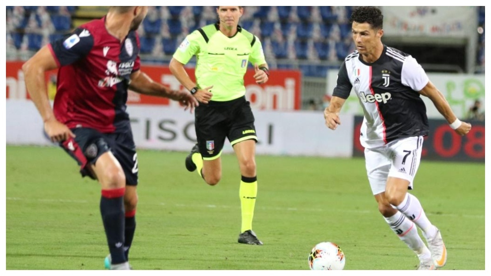 Cagliari Vs Juventus Cristiano Ronaldo Waves Goodbye To The European Golden Boot Serie A
