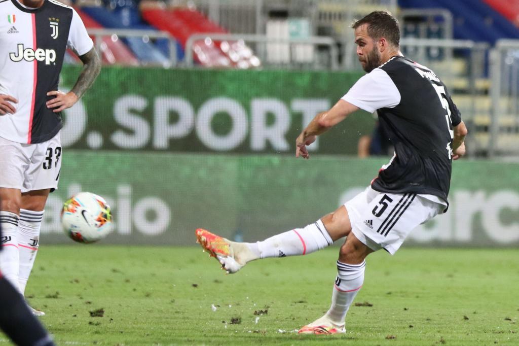 Juventus estrenó el título con una derrota